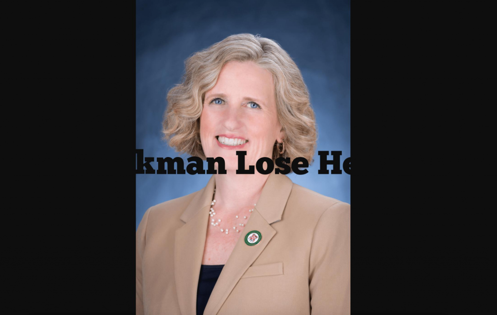 Did Juli Briskman Lose Her Job After Flipping Off Trump, Then Get Elected in County Home to His Golf Club?