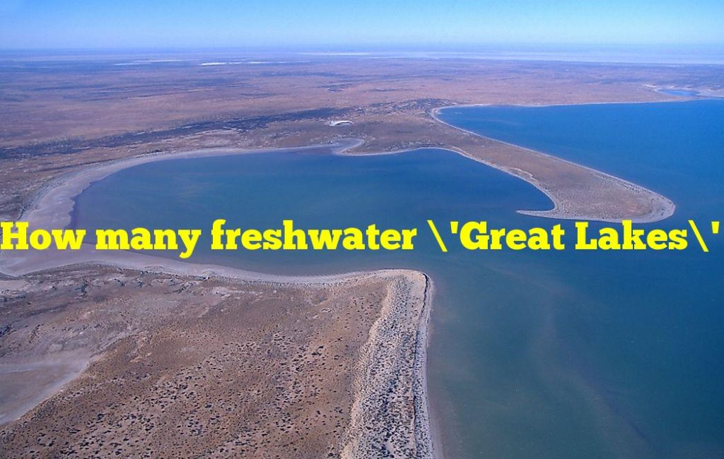 How many freshwater 'Great Lakes' does the continent, where this country is situated have?